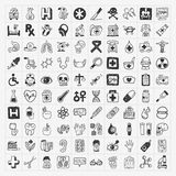 100 iconos médicos del garabato fijados Fotos de archivo