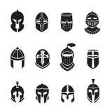 Iconos o logotipos negros de los cascos del guerrero fijados Armadura del caballero, ejemplo del vector Imagenes de archivo
