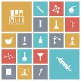 Iconos planos del diseño para el laboratorio de química Fotos de archivo libres de regalías