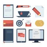 Iconos planos modernos colección, objetos del diseño web, negocio, finanzas, oficina y artículos del márketing Fotografía de archivo libre de regalías