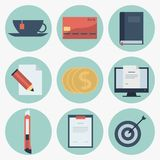 Iconos planos modernos colección, objetos del diseño web, negocio, finanzas, oficina y artículos del márketing Imagen de archivo libre de regalías