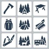 Iconos que acampan del vector fijados Foto de archivo libre de regalías