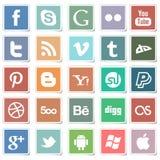 Iconos sociales de las etiquetas engomadas planas medios Fotos de archivo