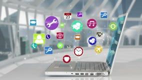 Iconos surgiendo por el ordenador portátil almacen de video
