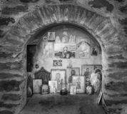 Iconostase en dehors d'église orthodoxe orientale photographie stock libre de droits