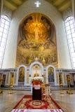Iconostasio en catedral ortodoxa Imágenes de archivo libres de regalías