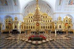 Iconostasis in der russischen orthodoxen Kirche Stockfotografie