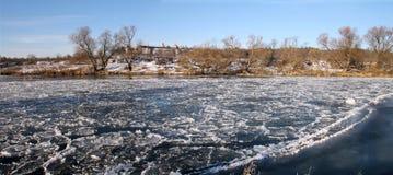 icy flod Fotografering för Bildbyråer