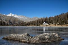 Icy lake Royalty Free Stock Photos
