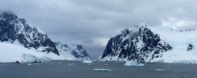 Icy Landscape In Antarctica Royalty Free Stock Photography