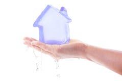 icy smältning för hus royaltyfri bild