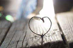Idée d'amour - inscription et coeur, carte de valentines Image stock