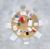Idéer Team Break Concept för idékläckningmöte Royaltyfria Bilder