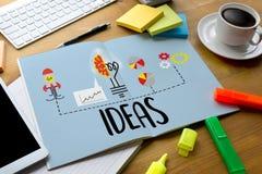 IDÉES de travailler des gens d'affaires rencontrant l'échange d'idées et la discussion illustration de vecteur
