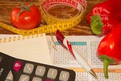 Idén av sunt bantar, förlorande vikt för diet-frukosten med hjälpen av en frukt bantar Magert banta Arkivfoton