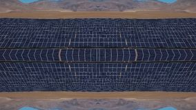 Idérik kalejdoskop från ram med surret Solpaneler i bergen Begreppet av problemen av förnybart arkivfilmer