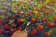 Idérik process för konst Konstnären skapar hjärtamålning på kanfas Royaltyfri Fotografi
