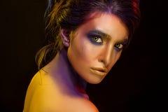Idérika Art Makeup Närbildstudiostående av barnmode M Arkivfoto
