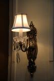 Idérika lampor och lyktor arkivfoton