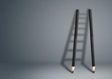 Idérikt begrepp för framgång, blyertspennastege med kopieringsutrymme arkivfoto
