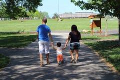 idź do parku Zdjęcia Royalty Free