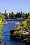Idaho Falls Church und Fluss Lizenzfreie Stockfotos