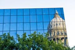 Idaho-Landeshauptstadtgebäudereflexion Stockfotos