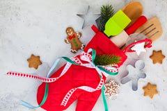 Idea del envoltorio para regalos de la Navidad Foto de archivo libre de regalías