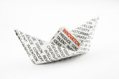 Idea dell'innovazione, barca di origami Fotografia Stock Libera da Diritti