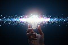 Idea di affari Gli uomini passano la tenuta della lampadina Linea di colore del poligono royalty illustrazione gratis