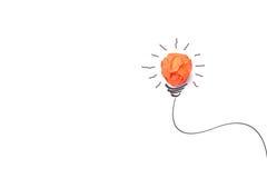 Idea di concetto con l'isolato di carta della lampadina su bianco Fotografia Stock Libera da Diritti