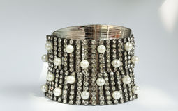 Idea elegante del diseño de la pulsera del diamante Fotografía de archivo libre de regalías