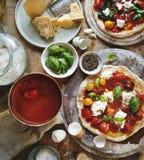 Idea hecha en casa de la receta de la fotografía de la comida de la pizza Fotos de archivo