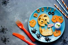 Idee del partito di Halloween per i bambini - pane tostato del mostro con la zucca, oli Fotografia Stock Libera da Diritti
