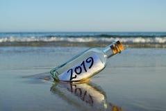 Idee für Sommerferien 2019 in einem tropischen Strand stockfotografie