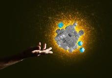 Idee van nieuwe die technologieën en integratie door kubuscijfer worden voorgesteld Royalty-vrije Stock Foto's