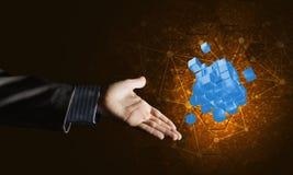 Idee van nieuwe die technologieën en integratie door kubuscijfer worden voorgesteld Royalty-vrije Stock Afbeelding