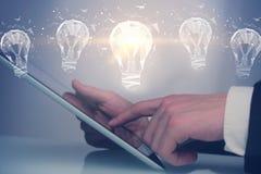 Ideeconcept met digitale tablet en bollen Royalty-vrije Stock Fotografie