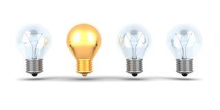 Ideen-Konzept-goldene Glühlampe heraus von anderen Birnen Stockfotografie