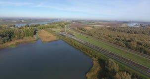 Ideia aérea da área não-urbana da estrada de ferro vídeos de arquivo
