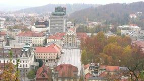 Ideia aérea da arquitetura da cidade de Ljubliana vídeos de arquivo