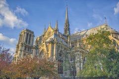 Ideia aérea da arquitetura da cidade de Paris com Notre Damm no por do sol em França Imagens de Stock Royalty Free