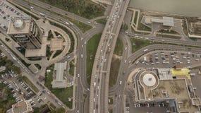 Ideia aérea da junção de estrada, interseções, estradas, pontes fotografia de stock