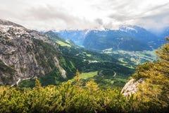 Ideia aérea da paisagem bonita de Berchtesgaden de Kehlsteinhaus, Eagle Nest, Baviera, Alemanha, Europa fotos de stock royalty free