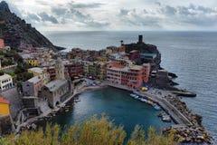 Ideia aérea da pesca de Vernazza, Cinque Terre National Park Imagens de Stock Royalty Free