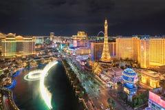 Ideia aérea da tira de Las Vegas na noite Fotos de Stock