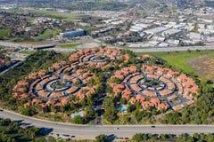 Ideia aérea de alguma propriedade redonda interessante na área de Pomona imagem de stock royalty free