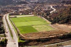 Ideia aérea de um campo de esporte Fotografia de Stock Royalty Free