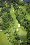 Ideia aérea de um campo de golfe Fotos de Stock Royalty Free