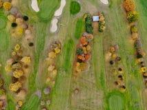 Ideia aérea de um campo de golfe fotos de stock